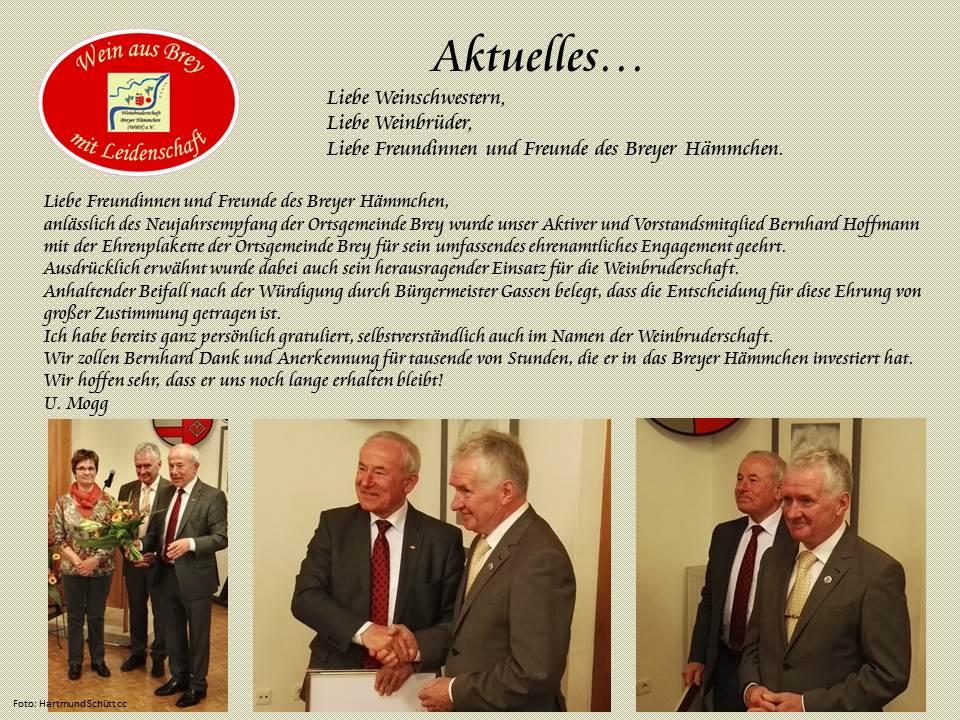 Bernhard Hoffmann bekommt die Ehrenplakette der Ortsgemeinde Brey